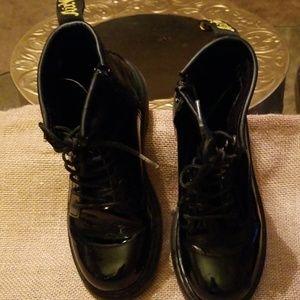 Sr. Martens Air Wair Delaney boot